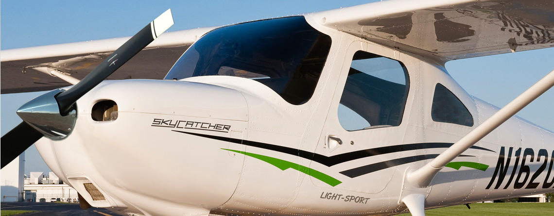 The Cessna Skycatcher, Or U201c162,u201d Is One Of The Latest Piston Aircraft From  The Cessna Aircraft Company. The 162 Is Able To Be Used For The FAAu0027s New  ...