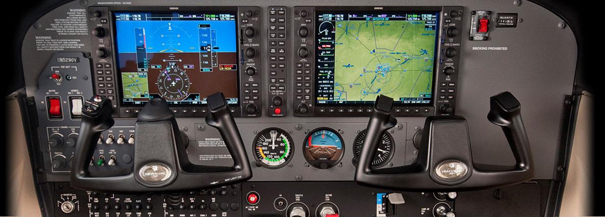 http://www.cessna.com/~/media/Images/Aircraft/Single-Engine/skyhawk/avionics/img-SE-avionics-SKYHAWK.ashx